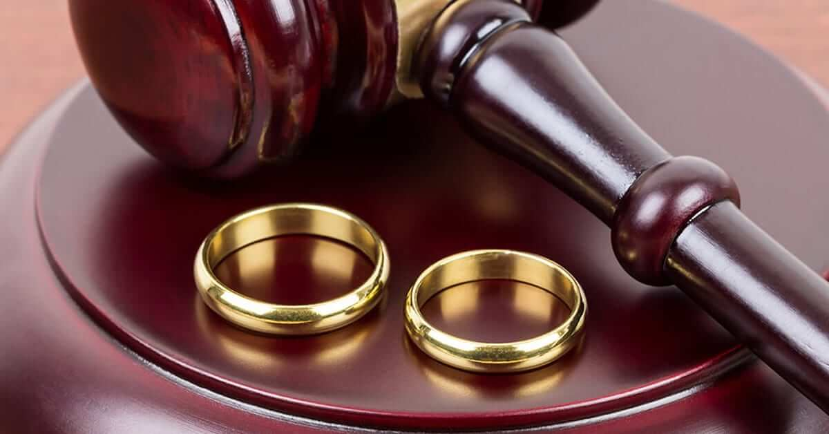 Boşanma Davasını İlk Önce Kim Açmalıdır?