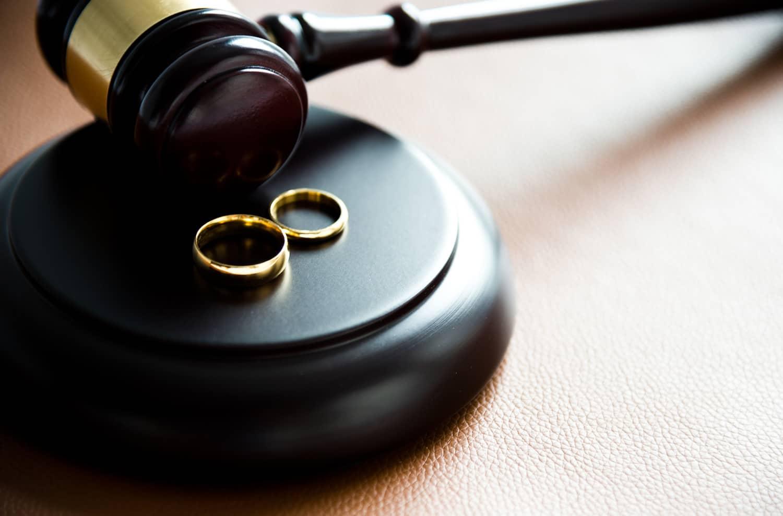 Boşanma Davasını İlk Önce Açan Avantajlıdır?